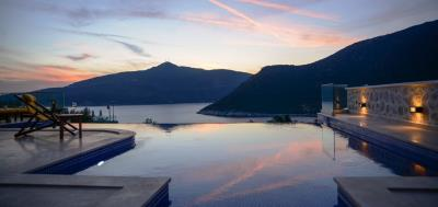 Located-in-kalamar-modern-luxury-villa-Kalkan-12