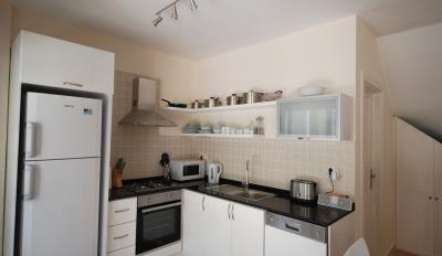 3-bedroom-kalkan-apartment-with-private-pool-for-sale--6Fully_equipped_kitchen