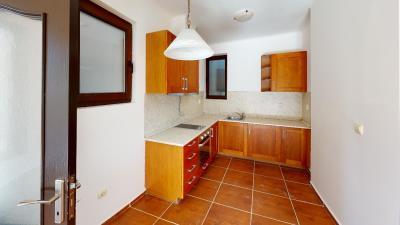 Bay-View-Villas-Rosi-13A-Kitchen