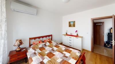 Villa-Grand-08-Bedroom