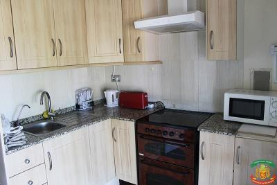 KITCHEN-15-Orange-Grove-Saydo-Park