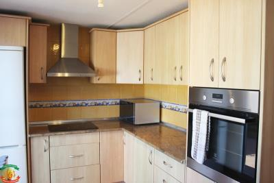 KITCHEN-2-1-Orange-Grove-Saydo-Park