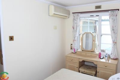 MASTER-BEDROOM-2-7-Olive-Grove-Saydo-Park