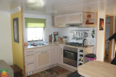 KITCHEN-3-Pool-Court-Saydo-Park