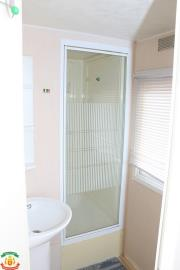 SHOWER-ROOM-14-Palm-Court-Saydo-Park