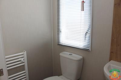SHOWER-ROOM-2---8-Orange-Grove-Saydo-Park-Mollina