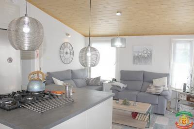 KITCHEN-LOUNGE-AREA---27-Orange-Grove-Saydo-Park-Mollina