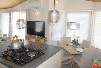 KITCHEN-DINING-AREA-2---27-Orange-Grove-Saydo-Park-Mollina