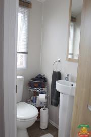 ENSUITE-WC---48-Orange-Grove-Saydo-Park-Mollina