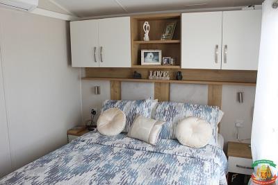 MASTER-BEDROOM-2---48-Orange-Grove-Saydo-Park-Mollina