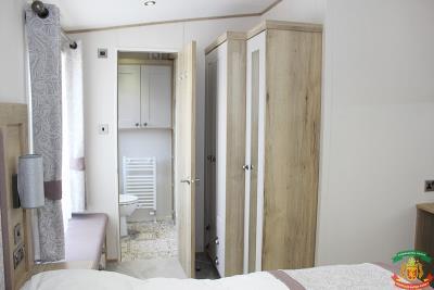 MASTER-BEDROOM-2---43-Orange-Grove-Saydo-Park-Mollina