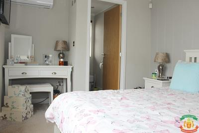 MASTER-BEDROOM-2---2-Orange-Grove-Saydo-Park-Mollina