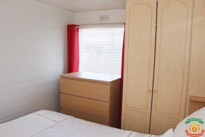 MASTER-BEDROOM-2---10-Pool-Court-Saydo-Park-Mollina