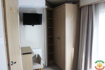 MASTER-BED-3-45-Orange-Grove-Saydo-Park-Mollina