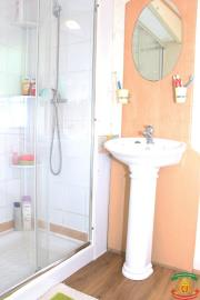 SHOWER-ROOM---20-Olive-Grove-Saydo-Park-Mollina