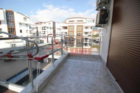 Image No.6-Appartement de 1 chambre à vendre à Oba