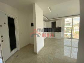Image No.16-2 Bed Apartment for sale