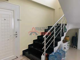 Image No.20-3 Bed Duplex for sale