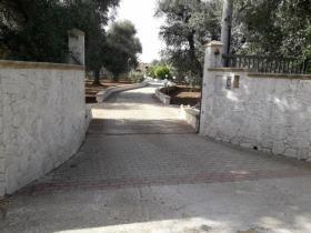 Image No.2-Villa de 3 chambres à vendre à Latiano