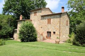 Image No.4-Ferme de 3 chambres à vendre à Lucignano