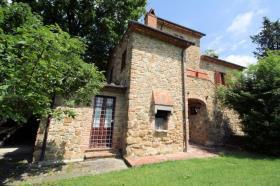 Image No.3-Ferme de 3 chambres à vendre à Lucignano