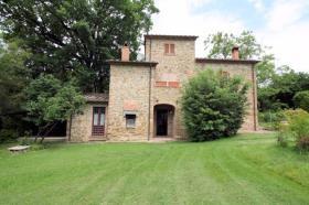 Image No.7-Ferme de 3 chambres à vendre à Lucignano