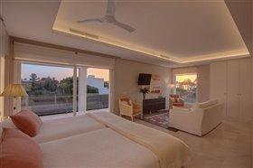 Image No.19-Villa de 5 chambres à vendre à San Pedro de Alcantara