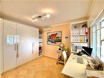 3 Bed Detached House in Elviria, Marbella, Costa del Sol