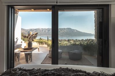 master-bedroom-view