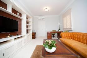 Image No.33-9 Bed Villa for sale
