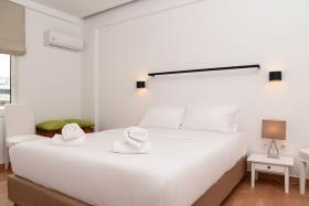 Image No.4-Un hôtel de 18 chambres à vendre à Athènes