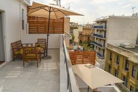 Image No.8-Un hôtel de 18 chambres à vendre à Athènes