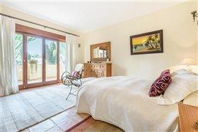 Image No.9-Villa de 5 chambres à vendre à San Pedro de Alcantara
