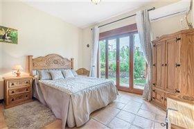 Image No.11-Villa de 5 chambres à vendre à San Pedro de Alcantara