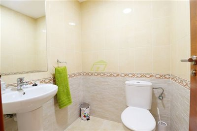 Good size one bedroom, two bathrooms apartment in Arrecife