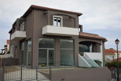 Comercial-property-for-sale-main--2-