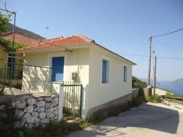 Traditional-house-for-sale-main-