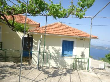Traditioanl-house-for-sale-3