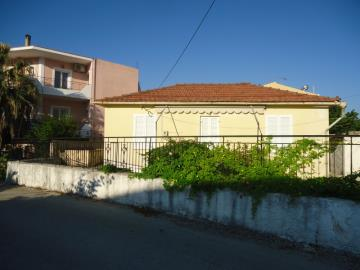 traditional-house-for-sale-1