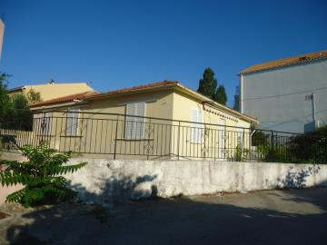 traditional-house-for-sale-3