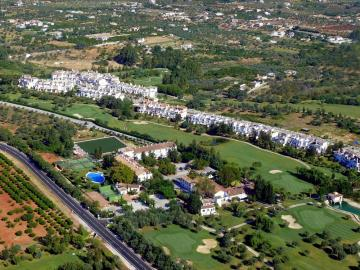tn_Lauro-Golf-from-the-air-2010_06_07