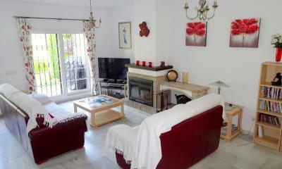DSC01906-lounge-dining