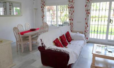 DSC01913-lounge-dining