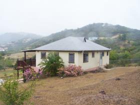 Image No.3-Maison / Villa de 2 chambres à vendre à English Harbour Town