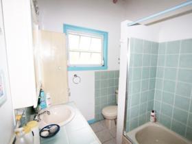 Image No.10-Chalet de 2 chambres à vendre à English Harbour Town