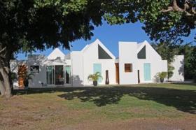 Image No.0-Villa de 4 chambres à vendre à Nonsuch Bay