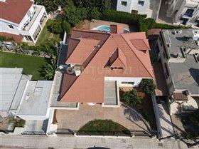 Image No.1-Maison de 6 chambres à vendre à Limassol