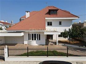 Image No.0-Maison de 6 chambres à vendre à Limassol