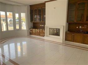 Image No.3-Maison de 6 chambres à vendre à Limassol