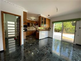 Image No.5-Maison de 6 chambres à vendre à Limassol